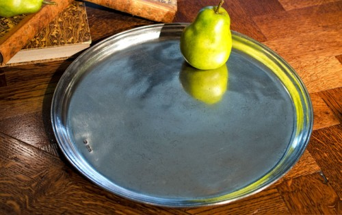 HANDCRAFTED ITALIAN ROUND TRAY