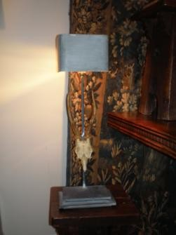LAMP WITH MINIATURE ANTLERS