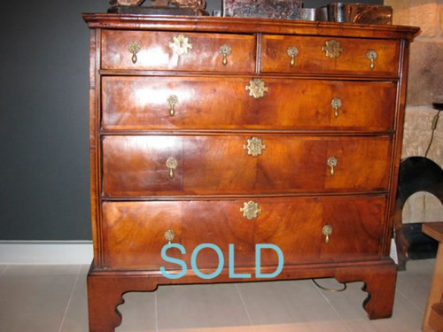 GEORGE II WALNUT CHEST OF DRAWERS c.1750