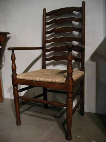OAK SIX RUNG LADDERBACK CARVER