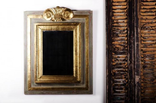 LARGER FRENCH PAINTED AND GILDED SOLITAIRE MIRROR