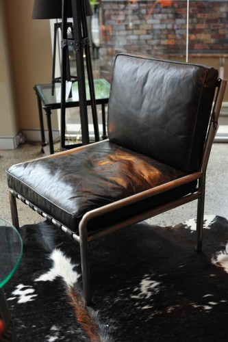 EUROPEAN LEATHER AND METAL CLUB CHAIR