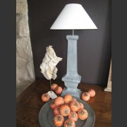 HALF BALUSTRE LAMP
