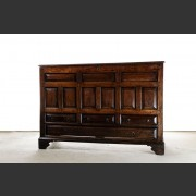ENGLISH OAK MULE CHEST c. 1650