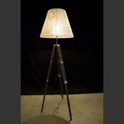 A 1940's WOODEN PHOTOGRAPHERS TRIPOD LAMP